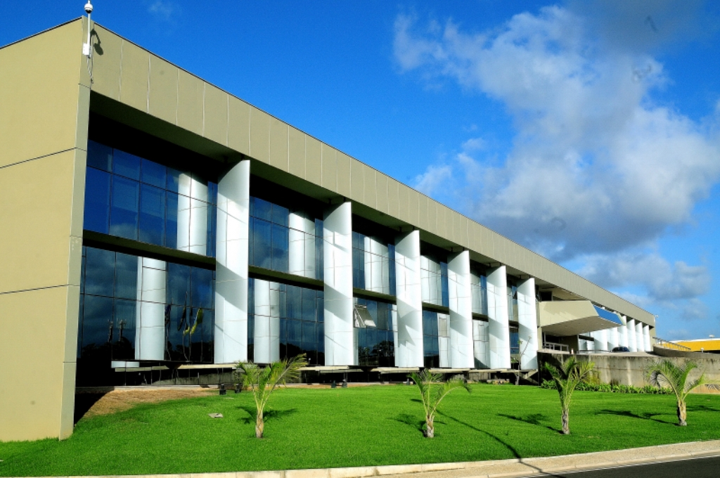 Assembleia Legislativa aprova suspensão do contrato para registro de financiamento de veículos no Detran-MA