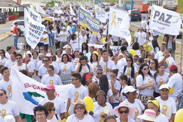 Detran encerra 'Maio Amarelo' com caminhada na Litorânea