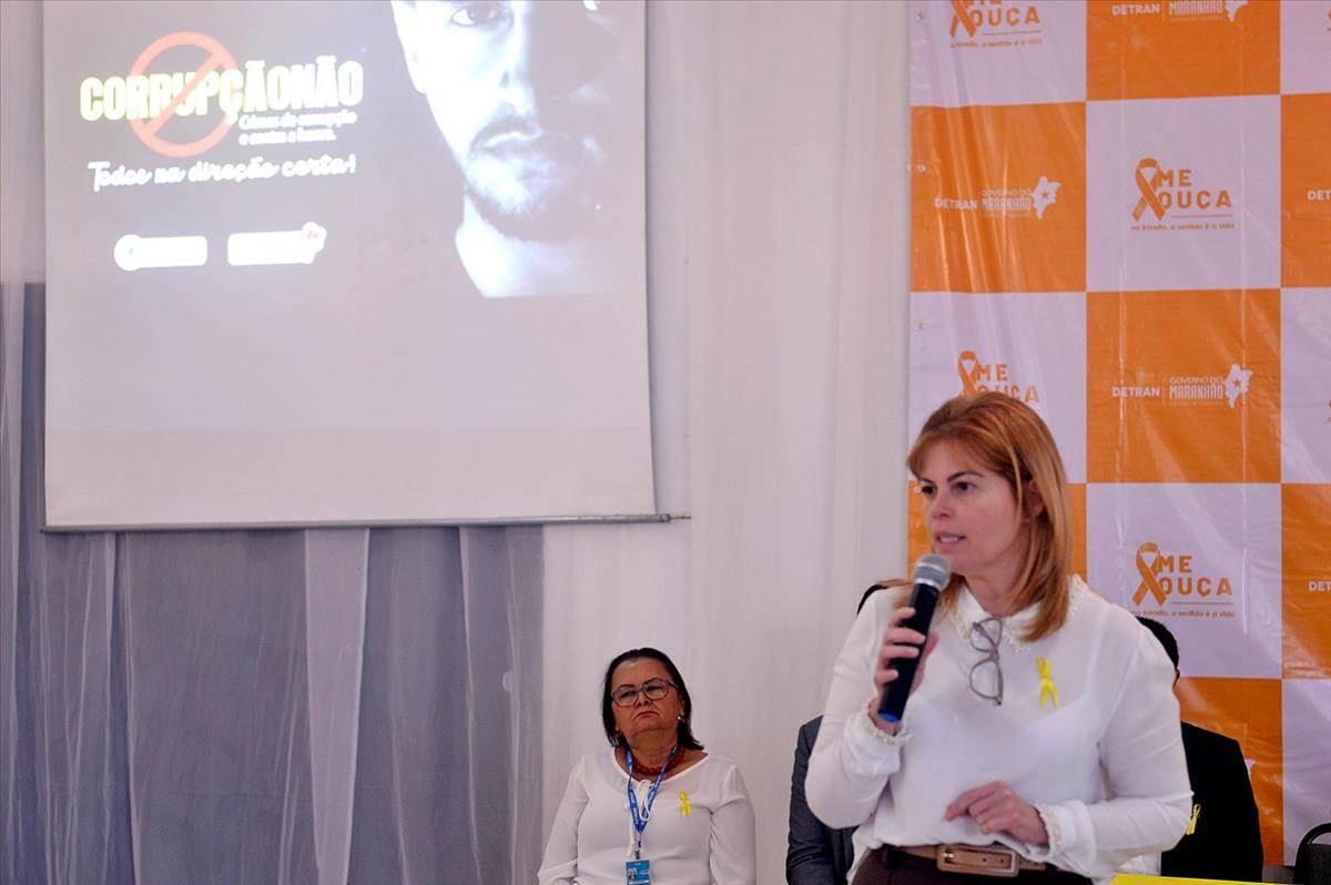 """Detran-MA  lança Campanha """"Corrupção não: todos na direção certa!"""" e  Manual de Examinadores de Trânsito"""